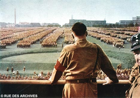 HitlerSurveysDM_468x326