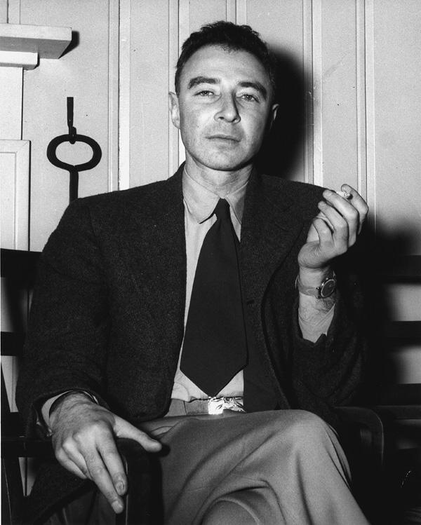 Oppenheimer-robert-b26-lg
